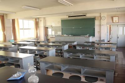 物理地学室